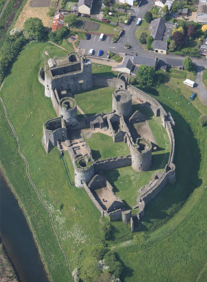 Kidwelly Castle Ancient And Medieval Architecture