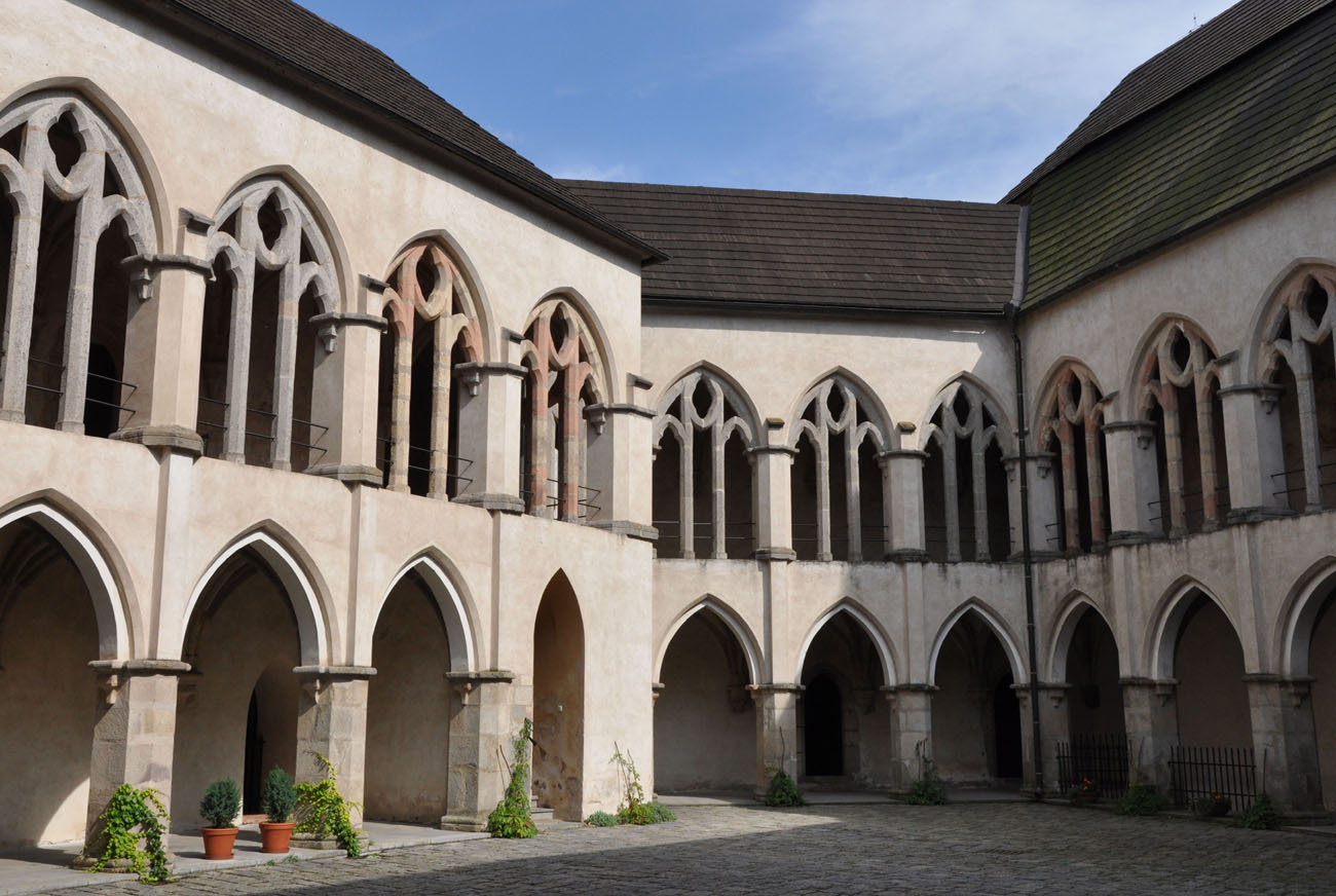 Architektura średniowiecza i starożytności